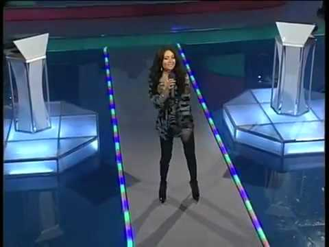 Aysel Teymurzade - Singing Yanaram on Azeri tv