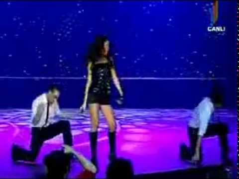 Aysel Teymurzade - Yanaram ( Fallin' ) with lyrics