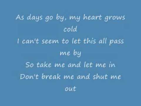 Papa Roach - Take me Lyrics
