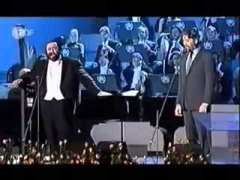 Andre Bocelli feat Luciano Pavarotti   medley 31 12 2012
