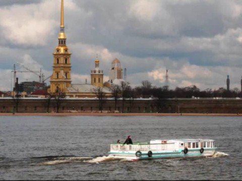 Saint-Petersburg Санкт-Петербург (гордая белая птица)