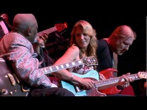 B.B. King-Rock Me Baby-Live Music Video (Live at the Royal Albert Hall 2011)