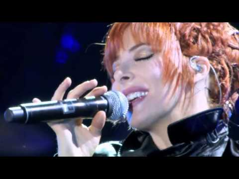 Mylene Farmer - Degeneration[Live 2009].720.mp4