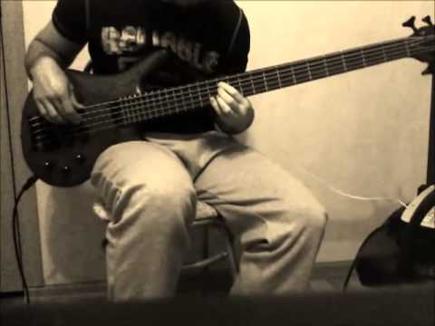 Mudvayne - Not Falling (bass cover)