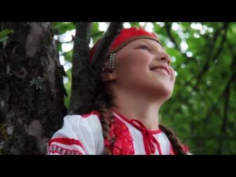 Русские - Девка по саду ходила/Russian - The girl walked through the garden