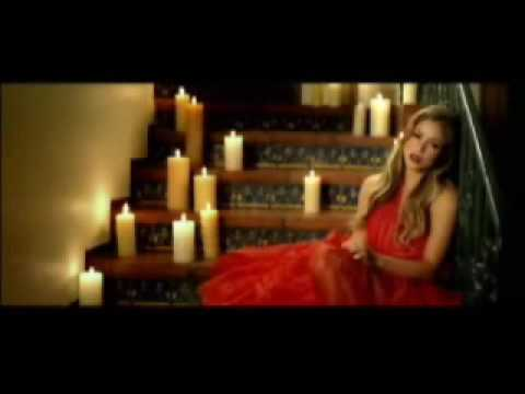 Shakira - Hay Amores (HQ) (OFFICIAL CLIP)